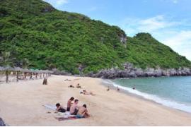 tour biển Hải Hòa